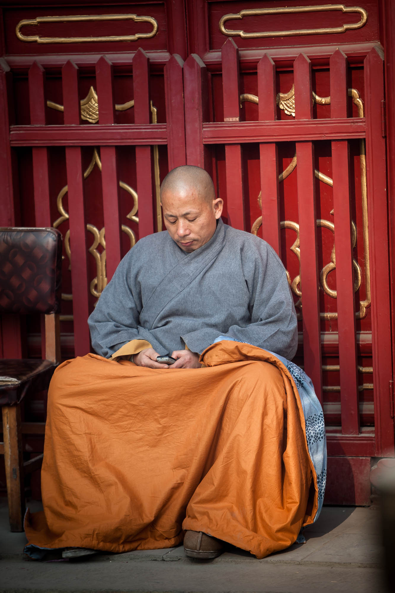 monk at Linji Temple