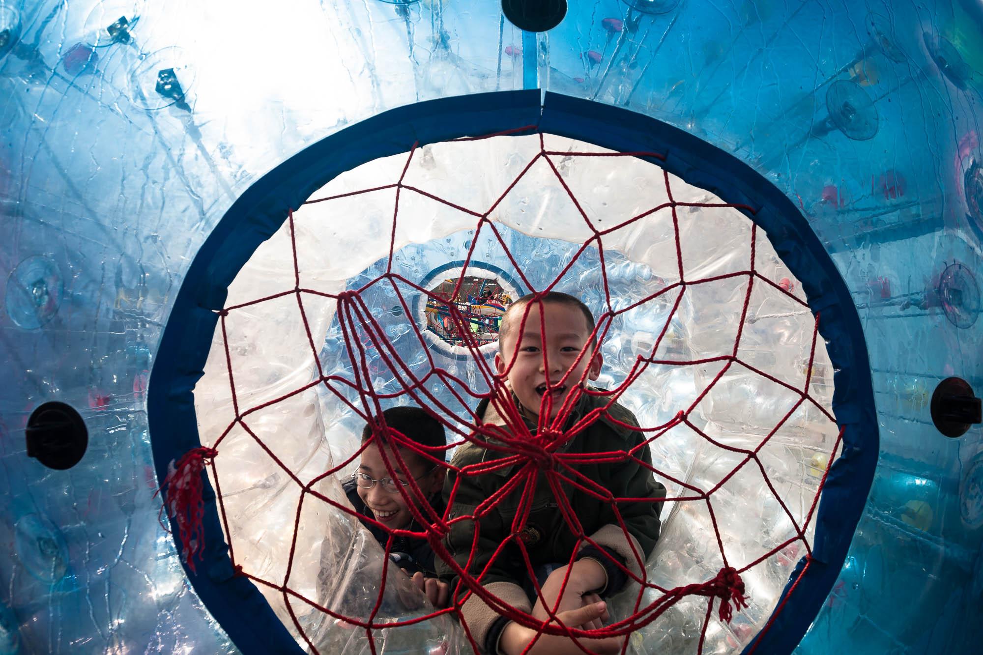 kids in ball