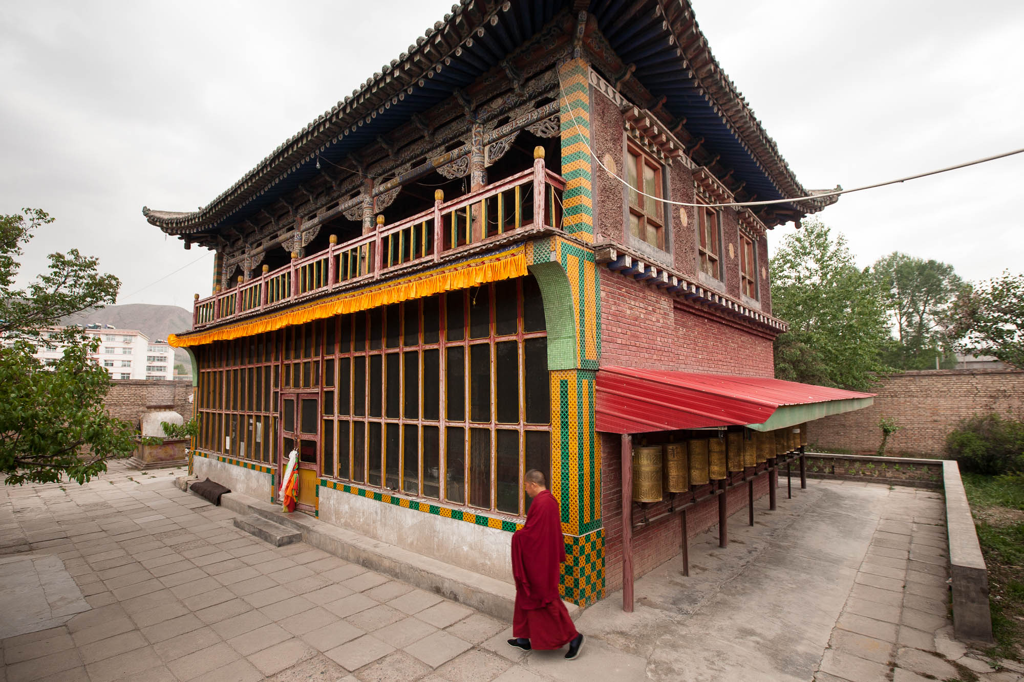 temple and monk