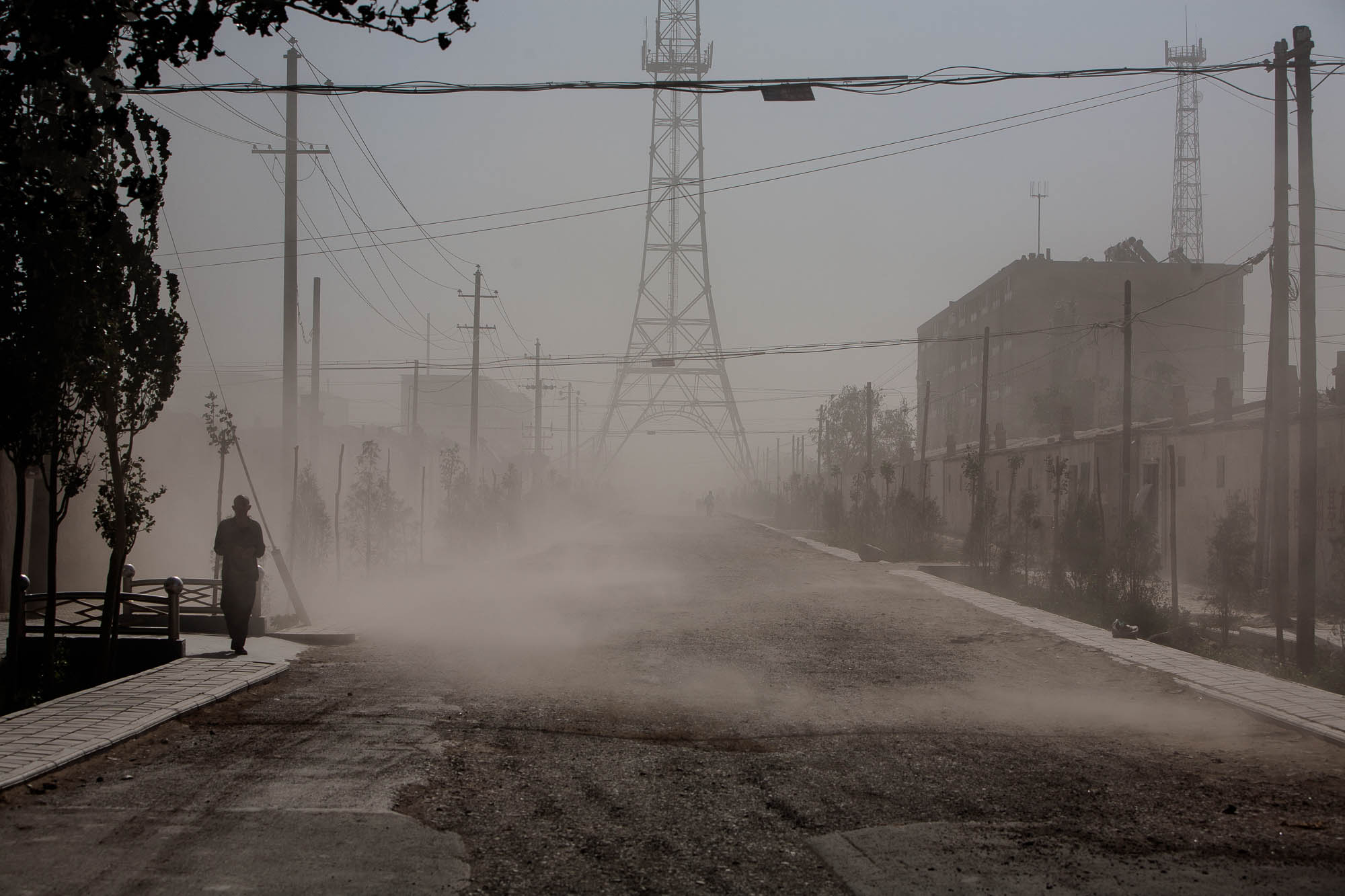 dust storm coming to town