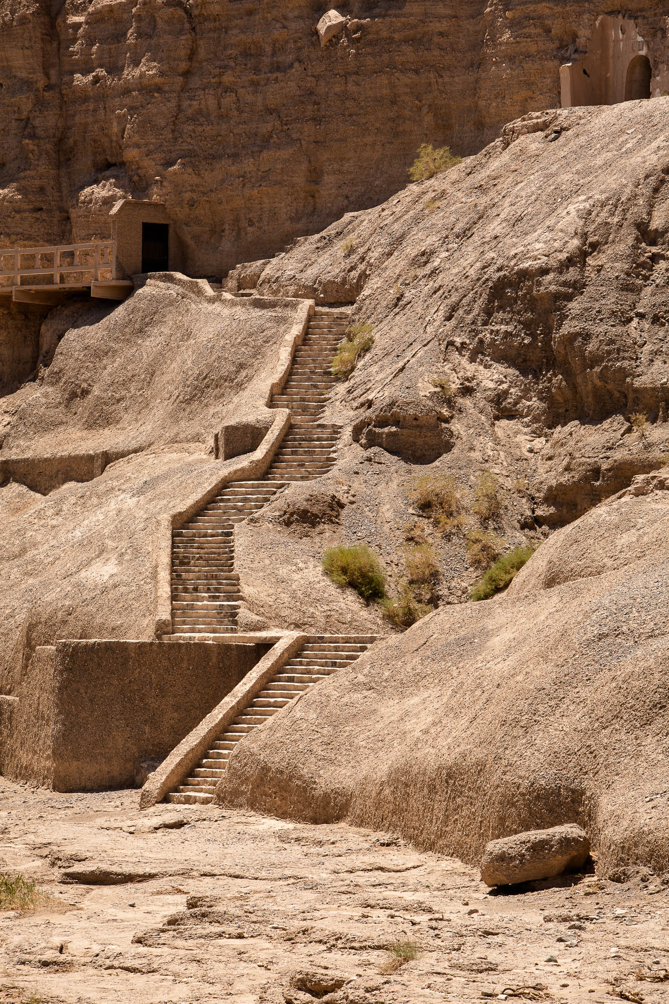 stairs to the grottoes