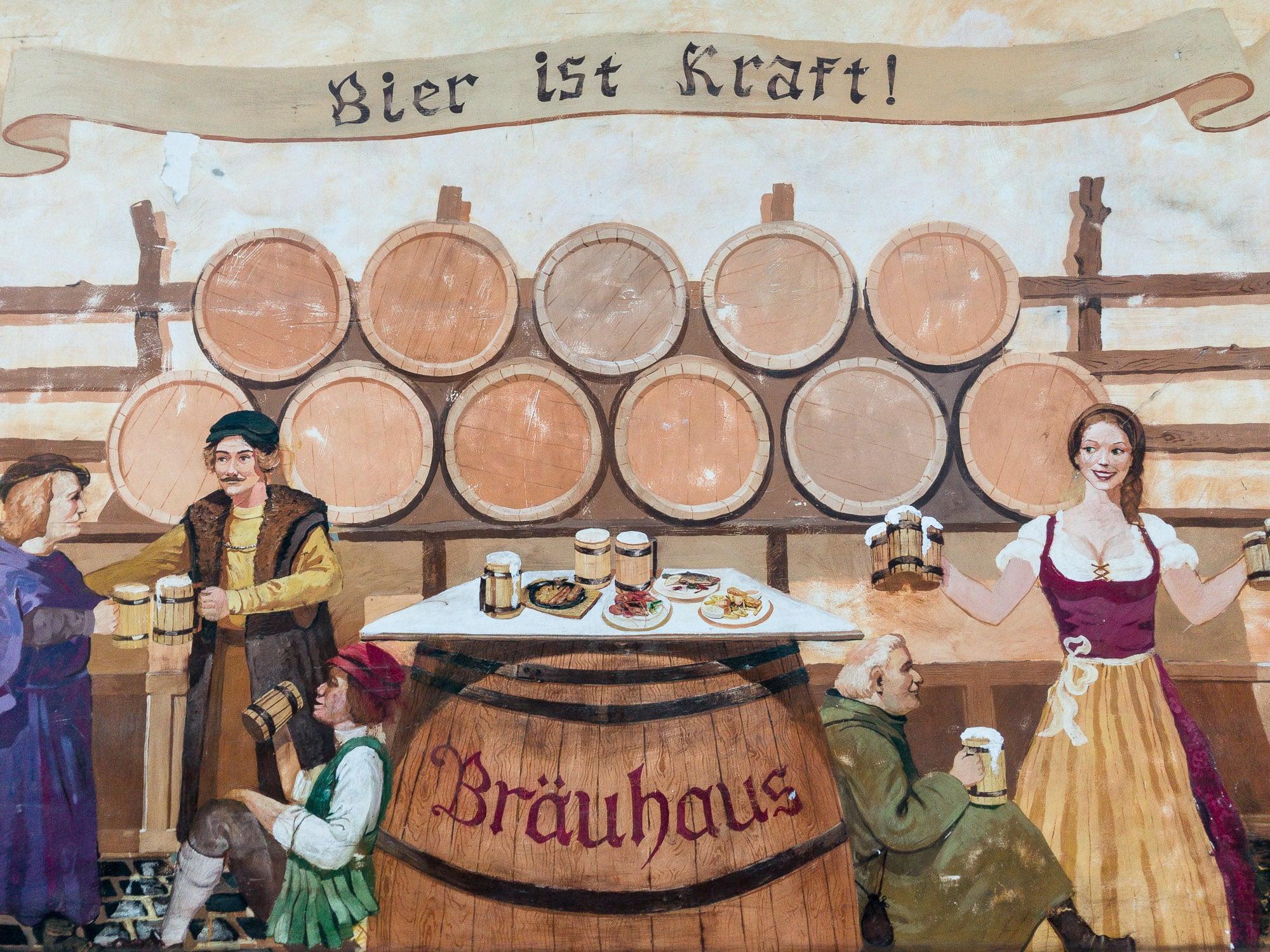 """Bier ist Kraft!"""