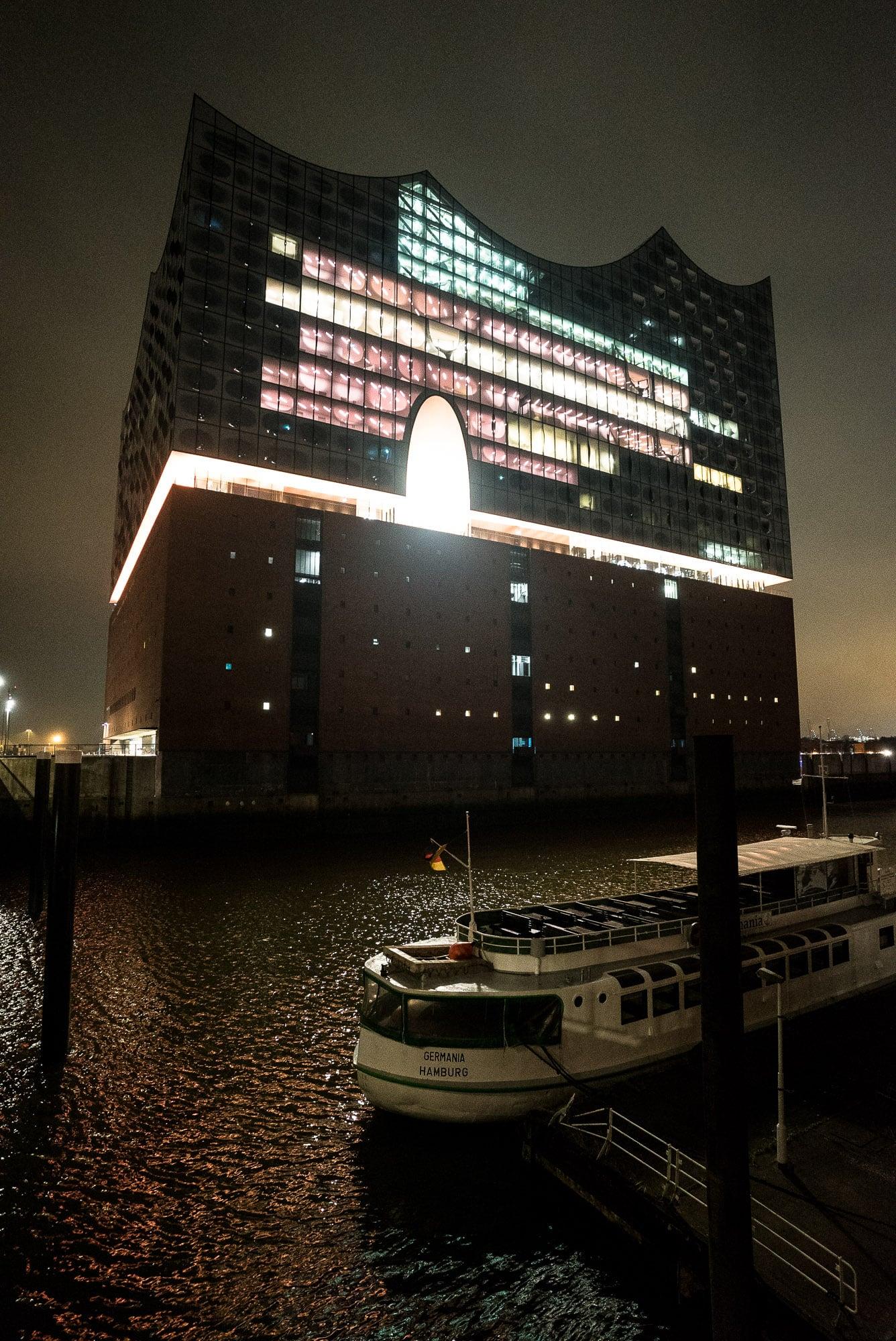 Elbphilharmonie at night