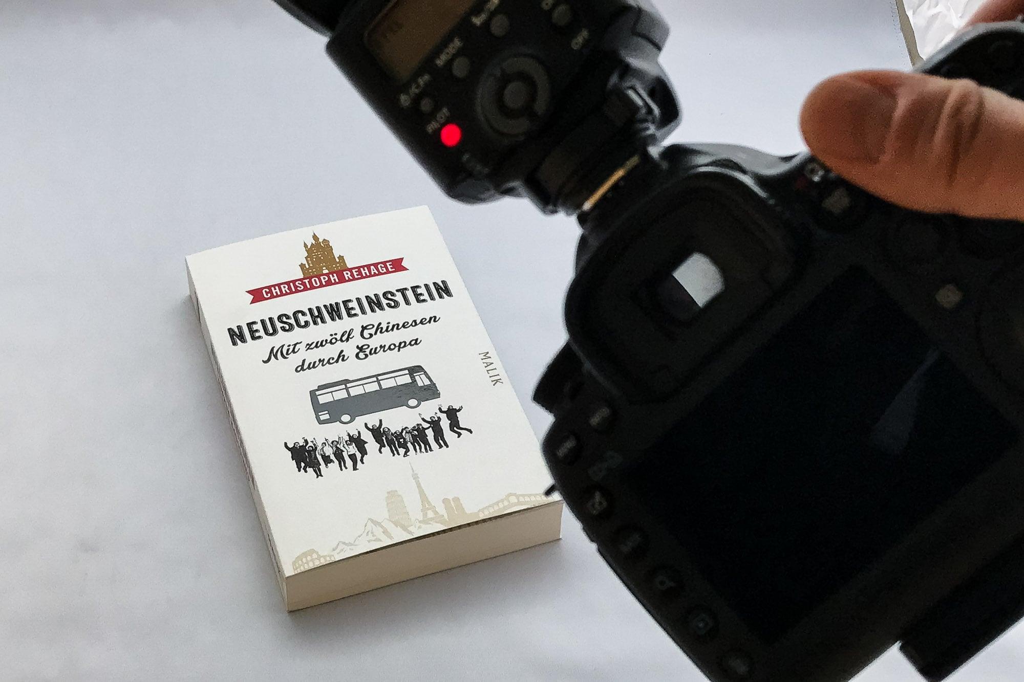 photographing Neuschweinstein