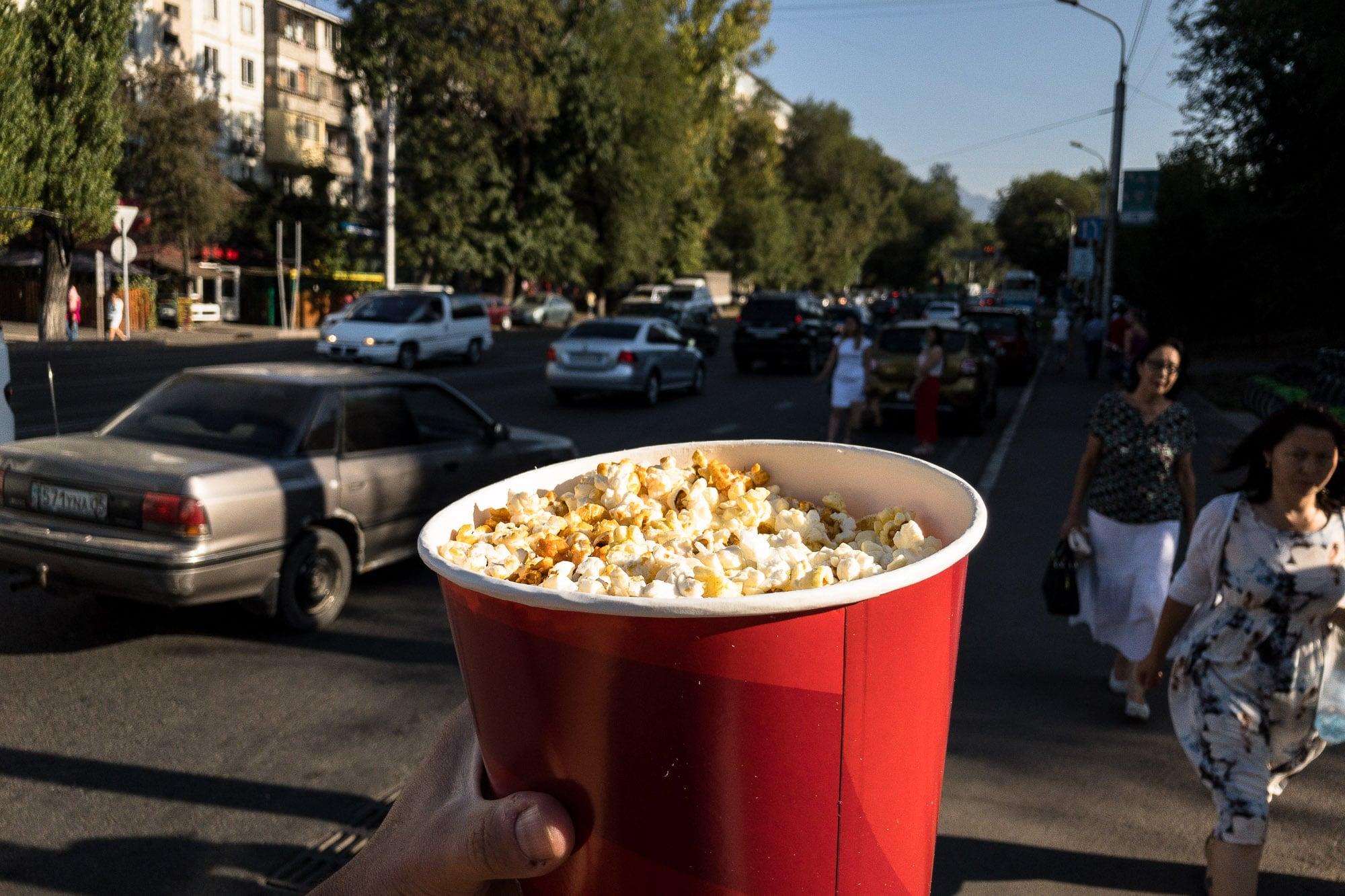 popcorn on the street