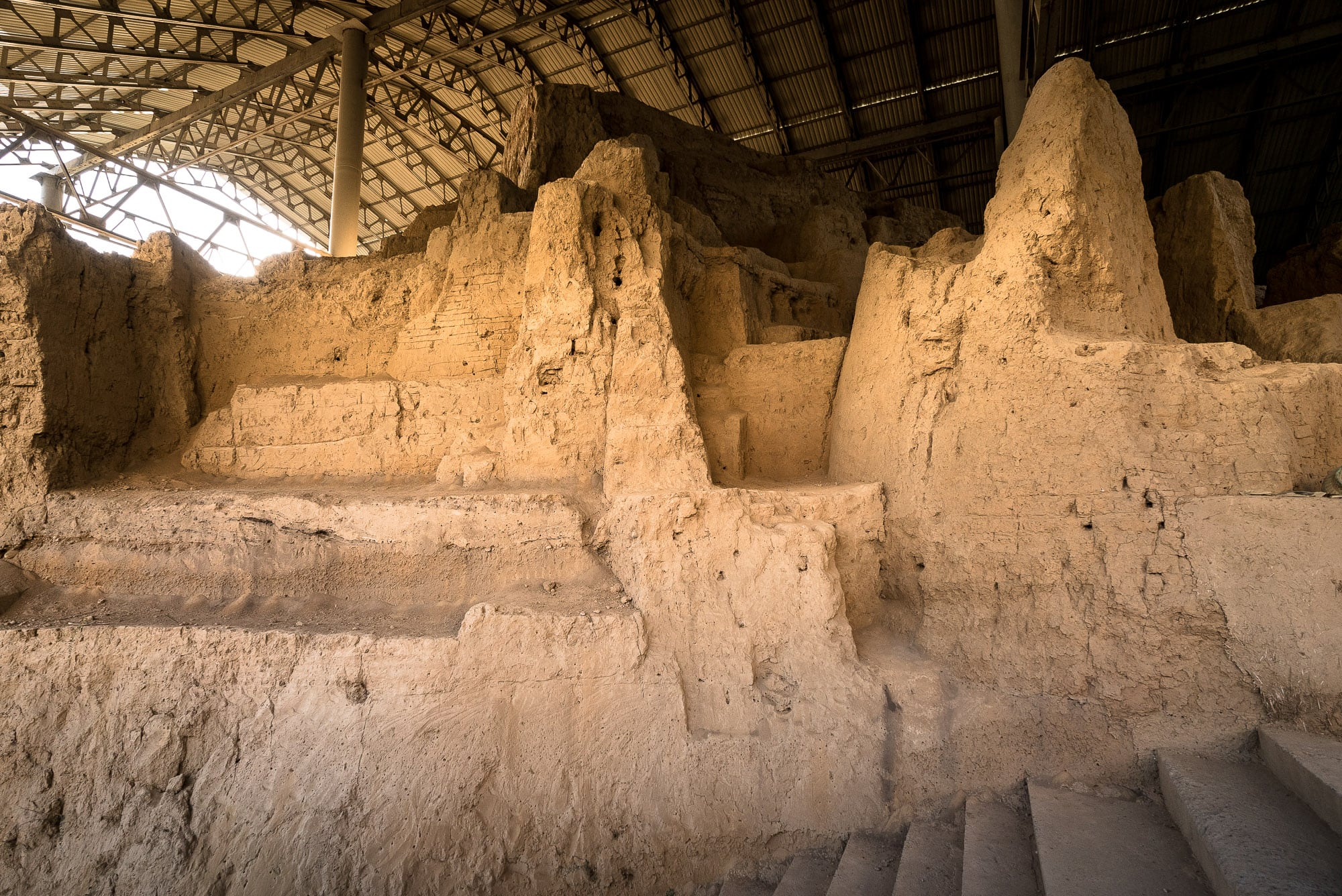 Ming Uruk Zoroastrian site