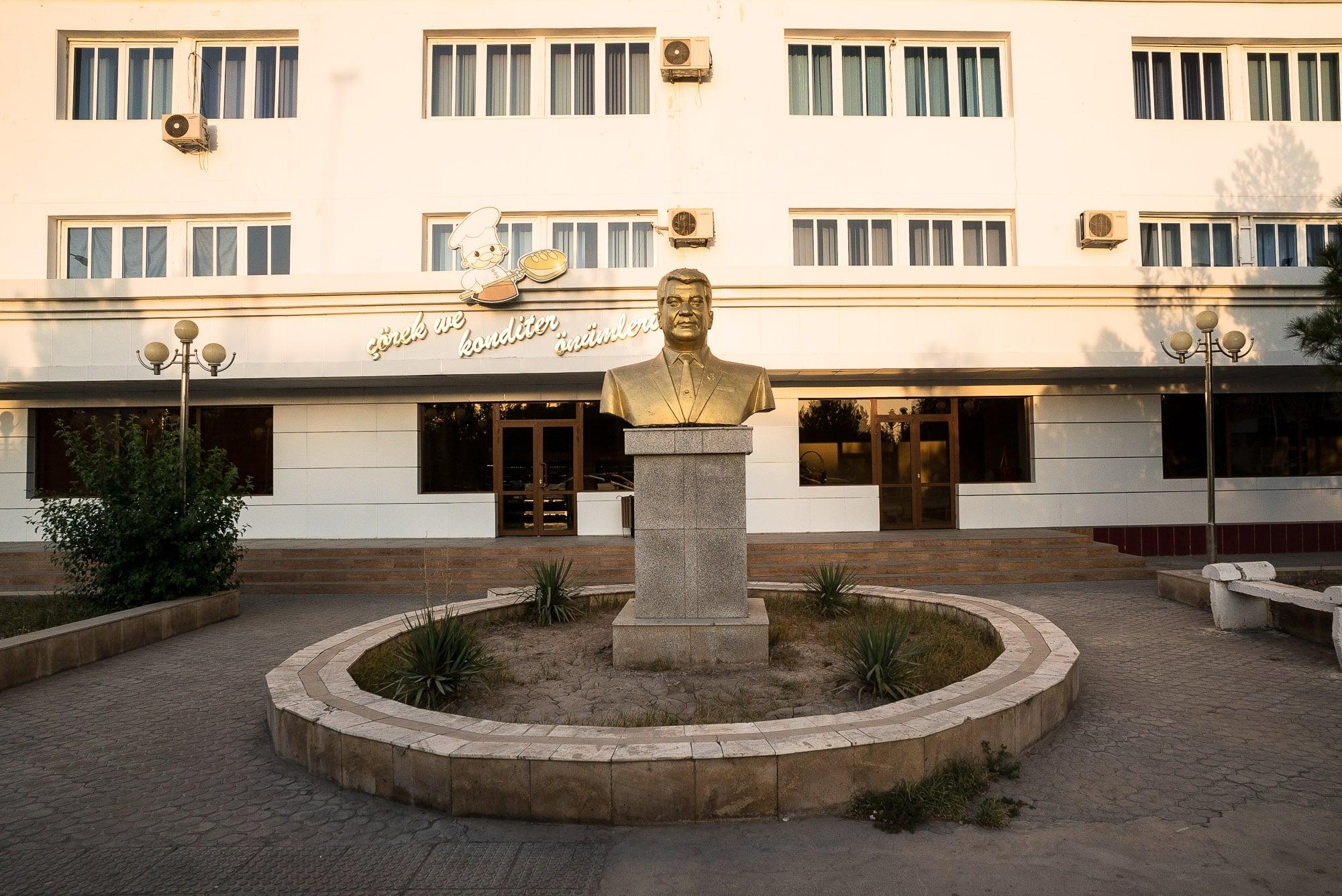 Turkmenbashi monument