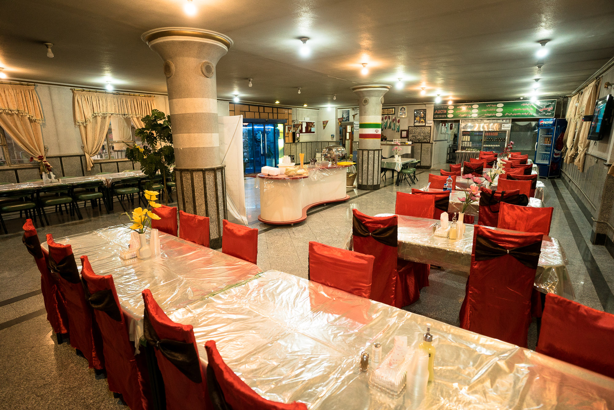 dining hall in the hotel in Sarakhs