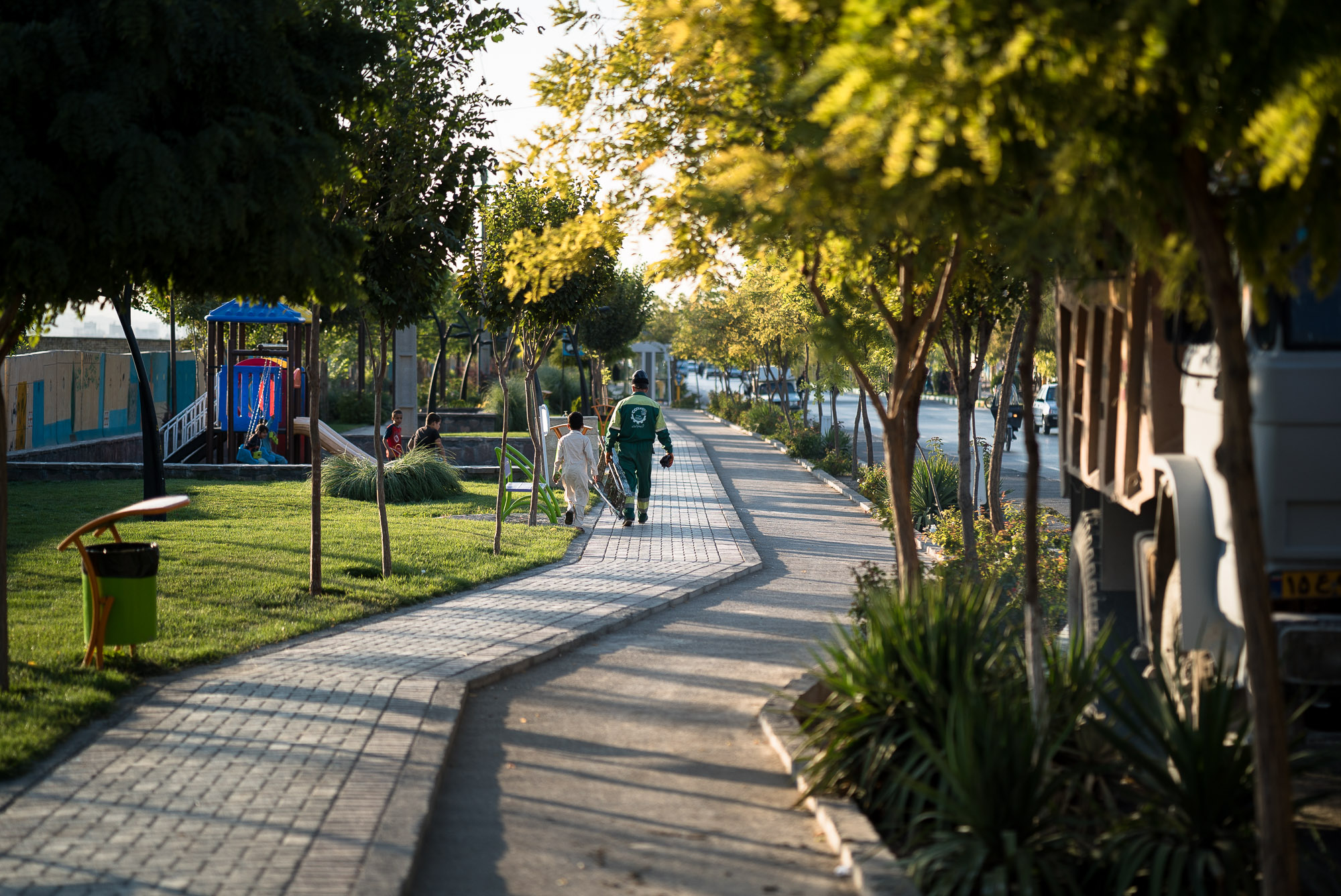 good sidewalks near Mashhad