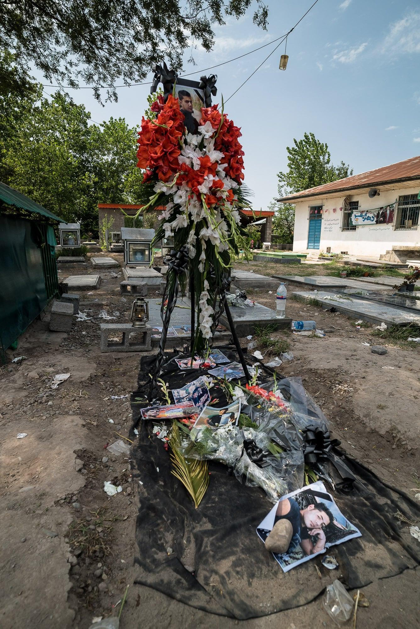 Mehdi's grave