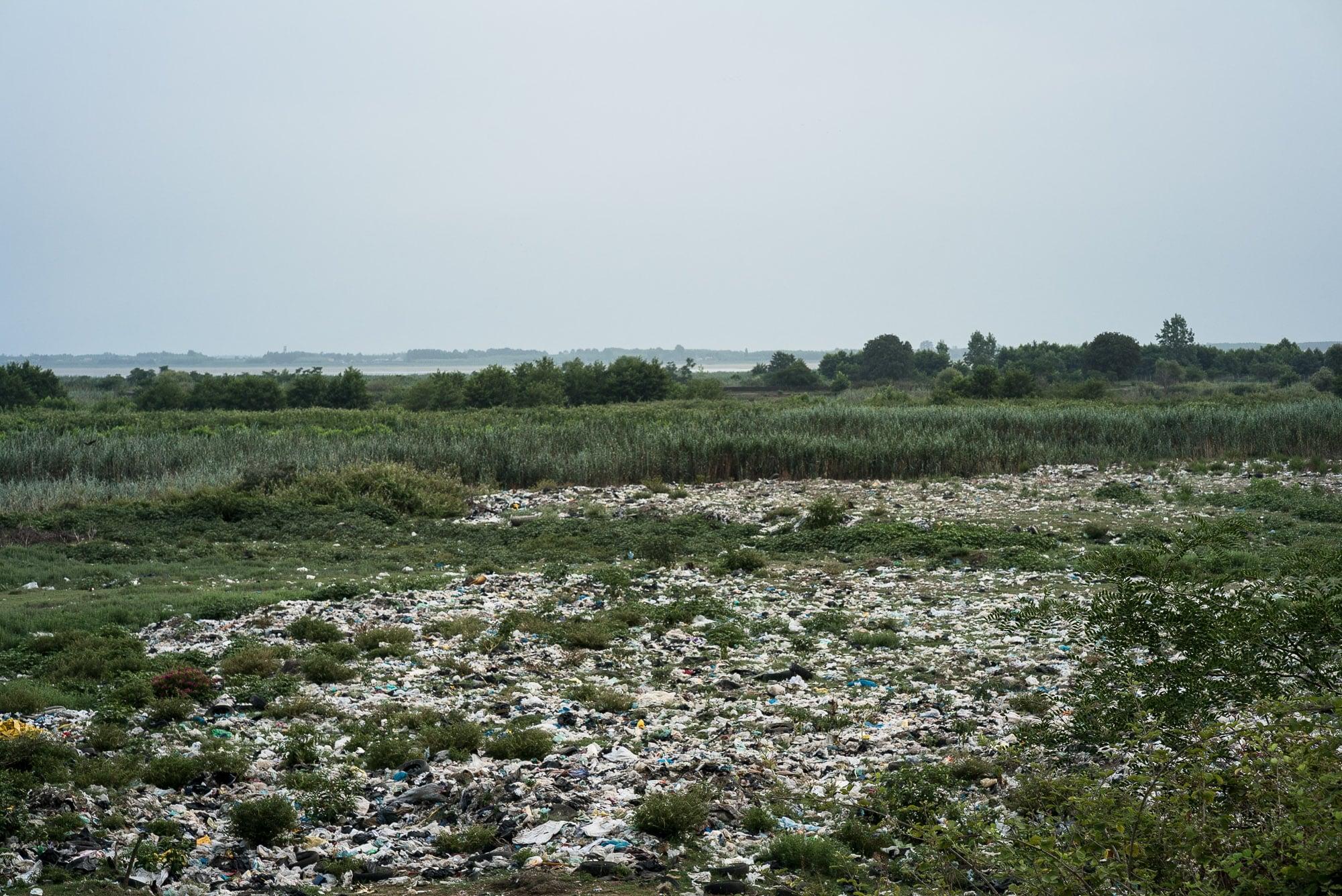 trash near Bandar Anzali