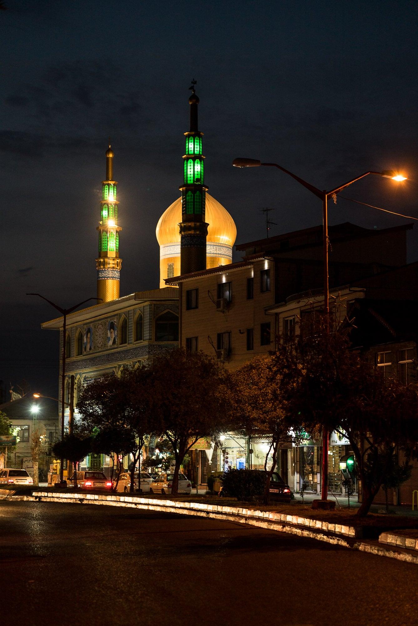 mosque in Paresar