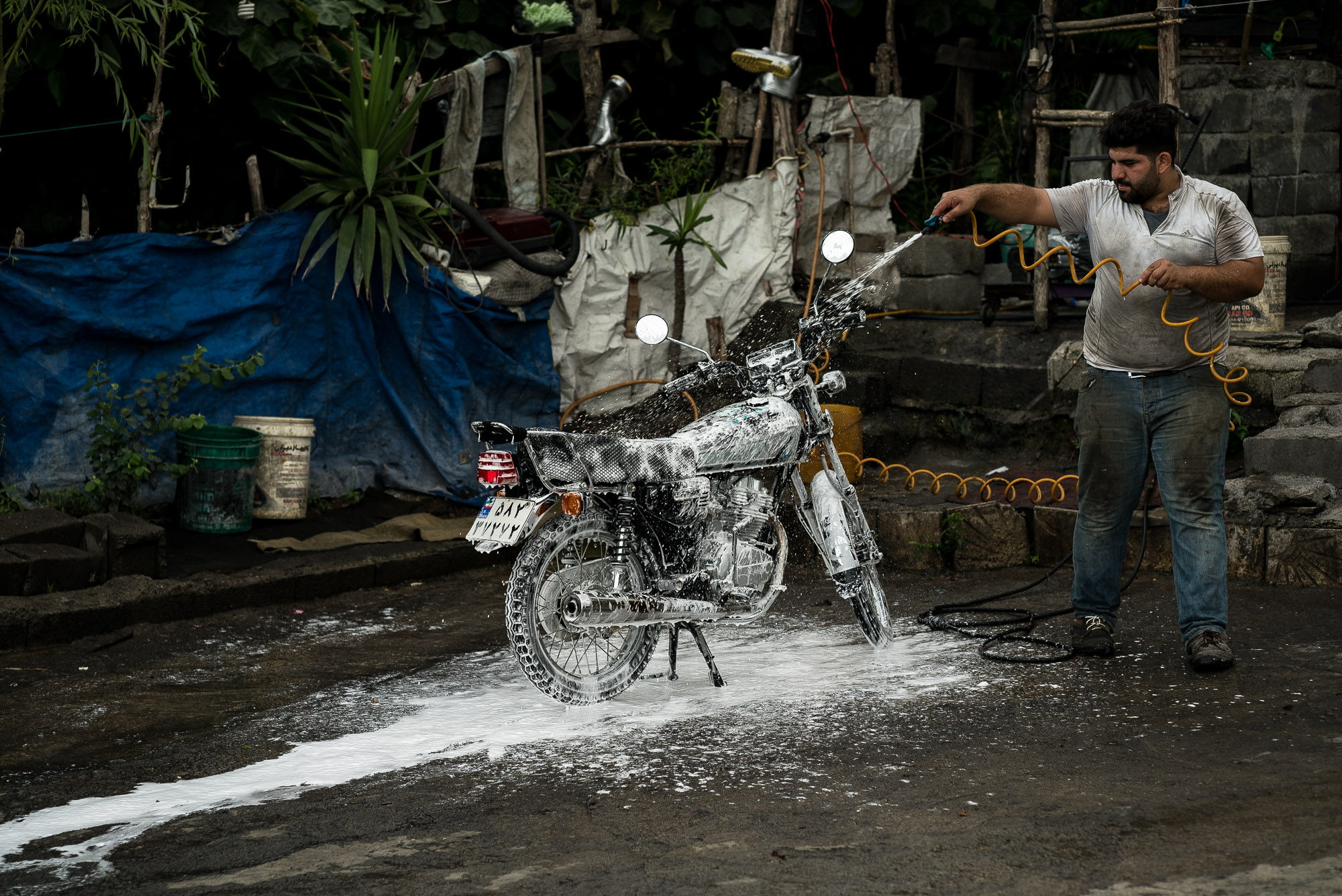 cleaning a motorcycle