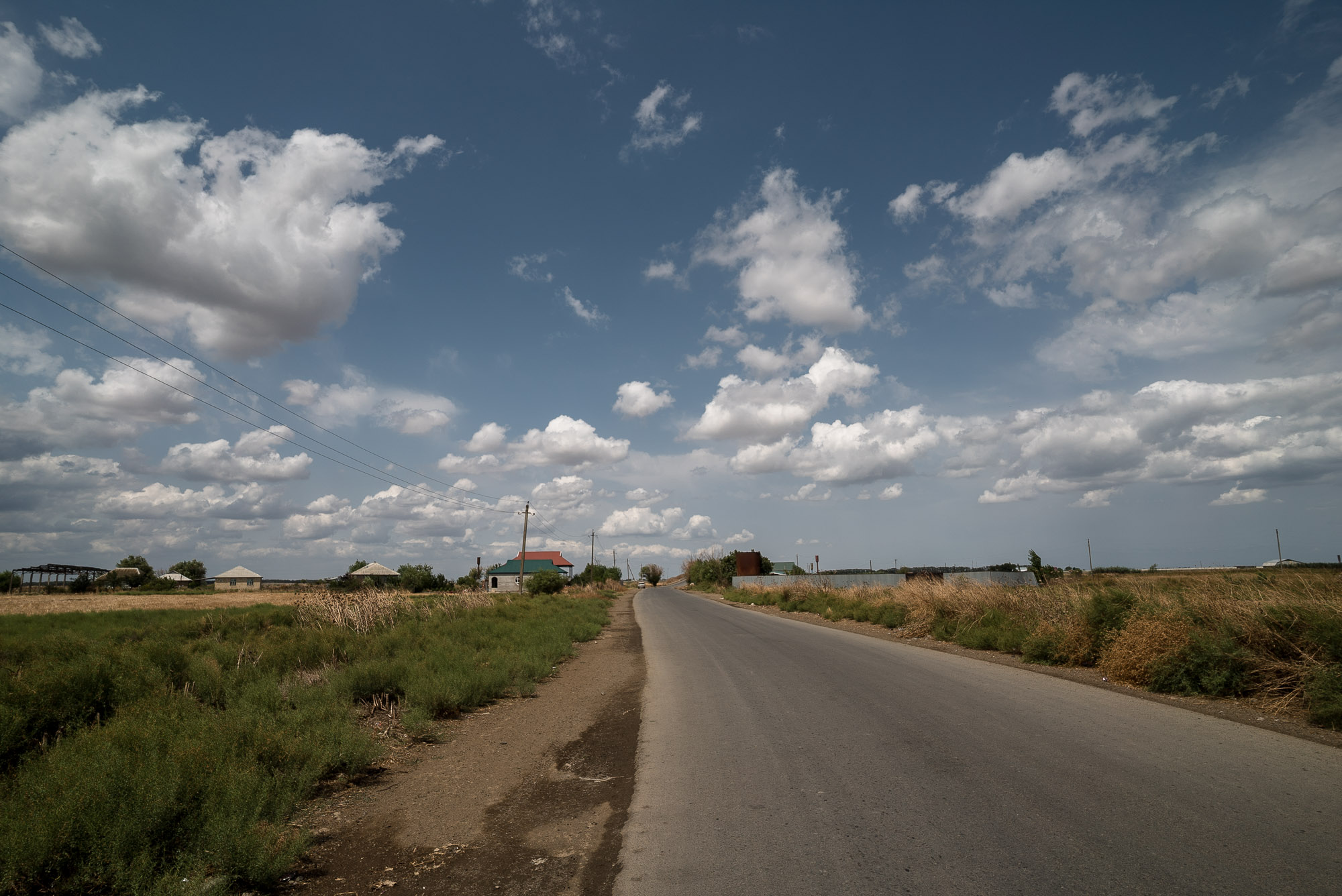 the quiet road near Masalli