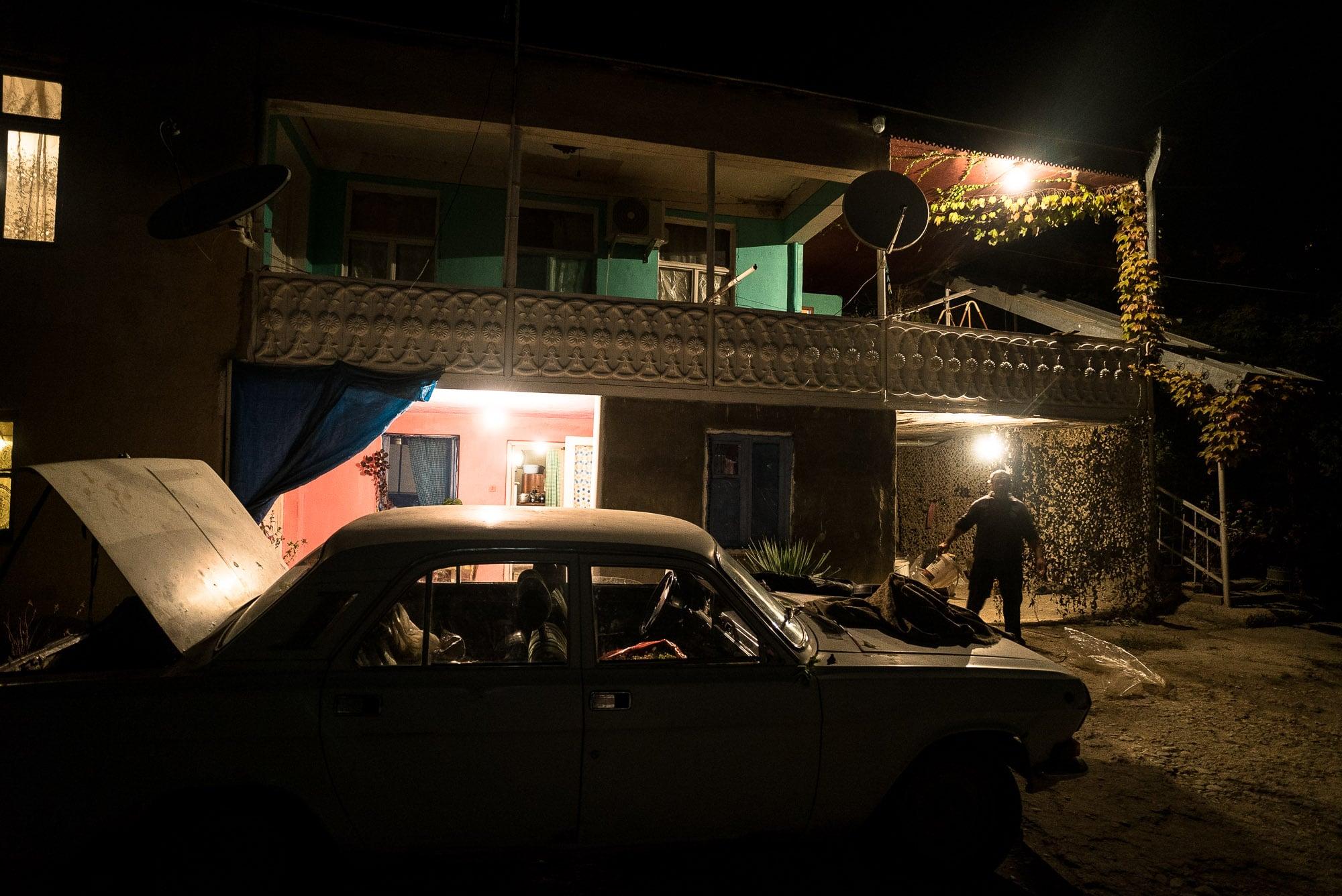 house in Manavi