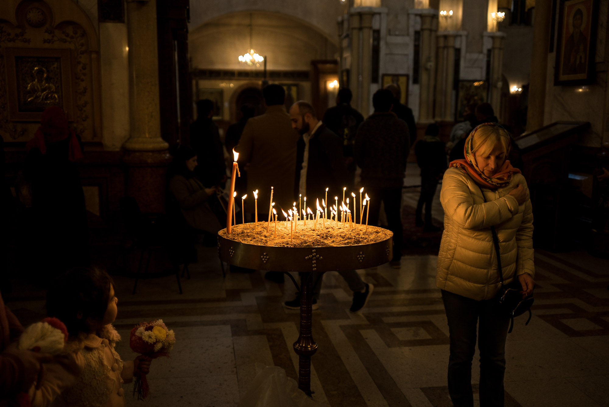 candles in Tbilisi cathedral
