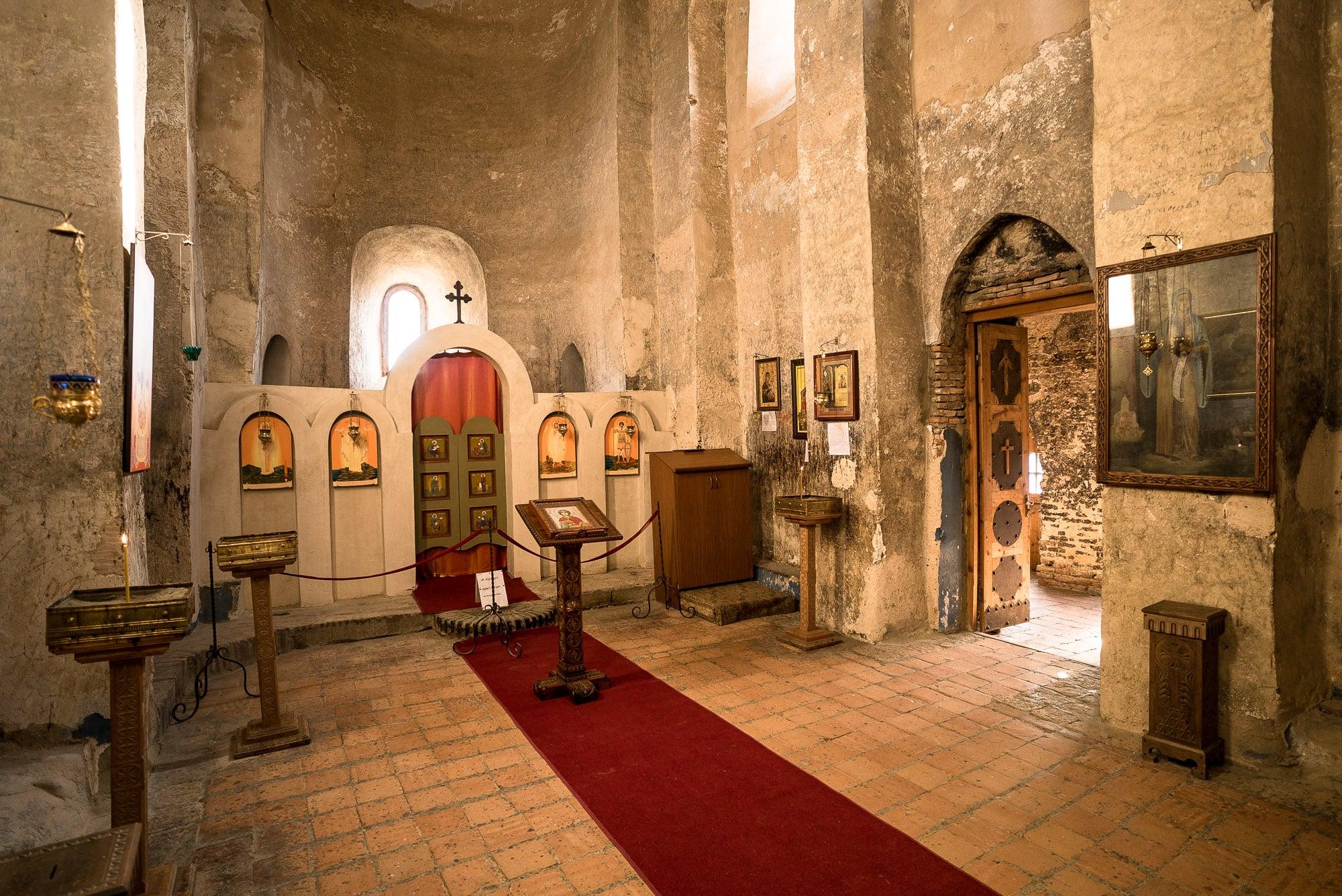 inside Uplistsikhe church