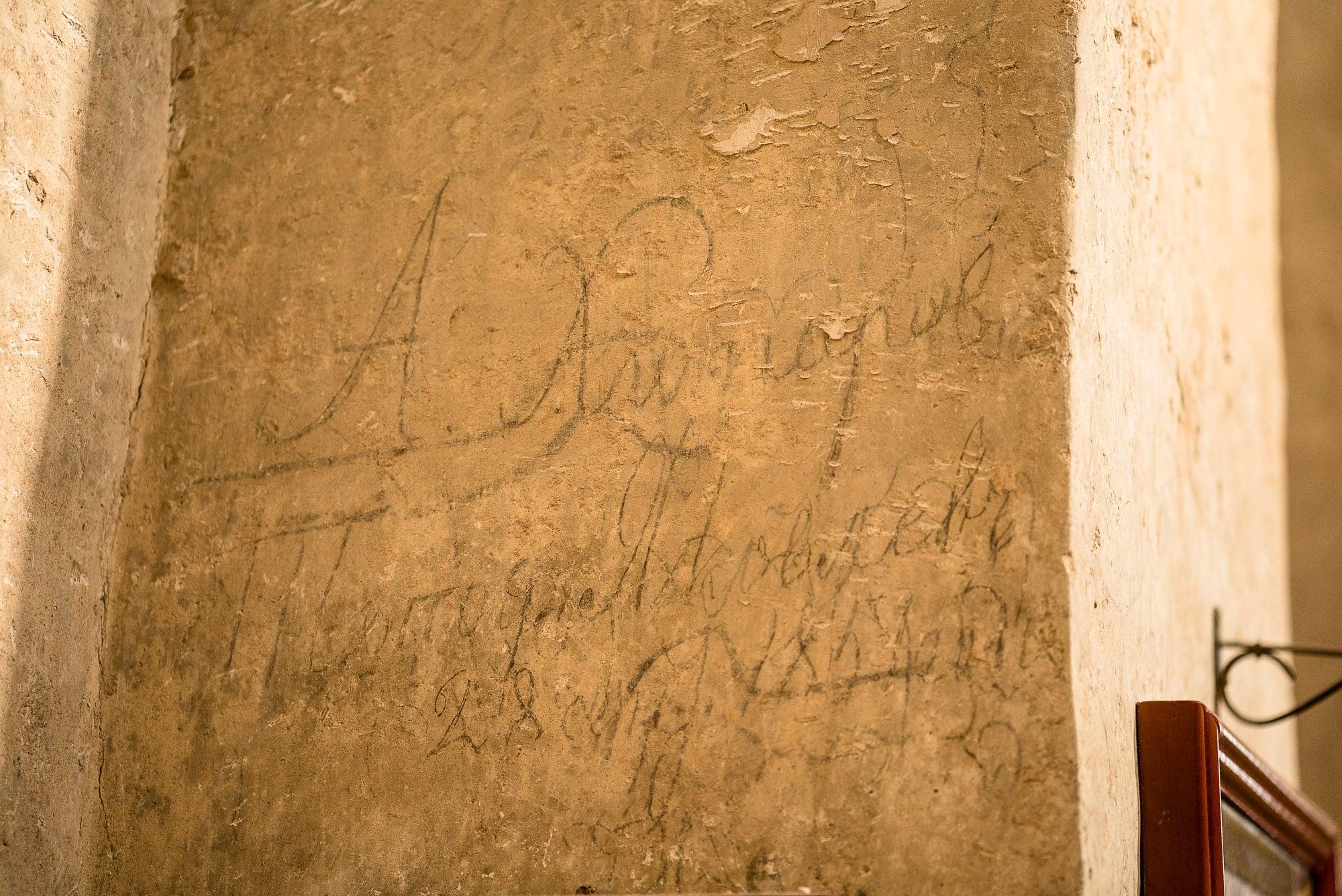 old graffito