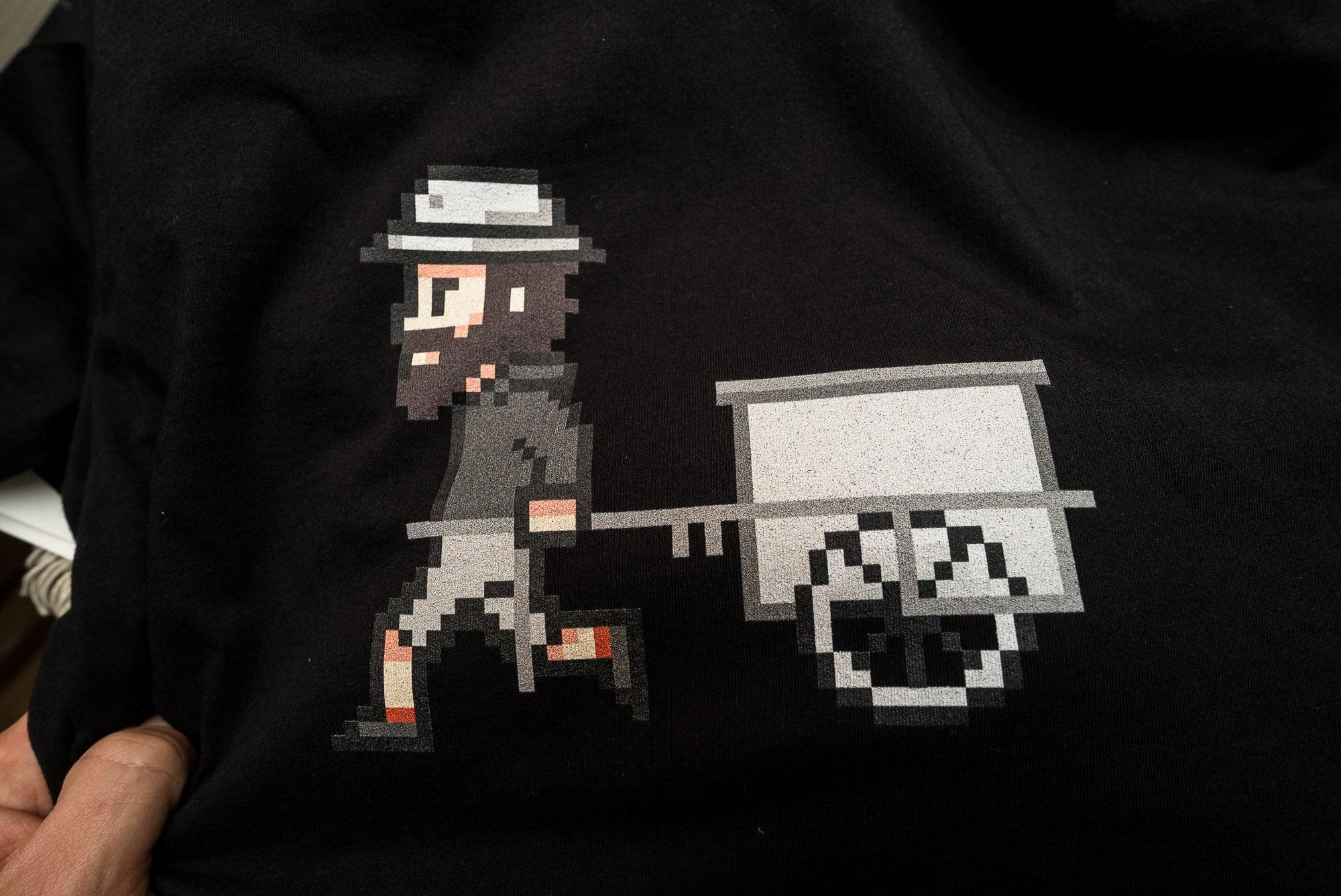 TLW Pixel shirt black