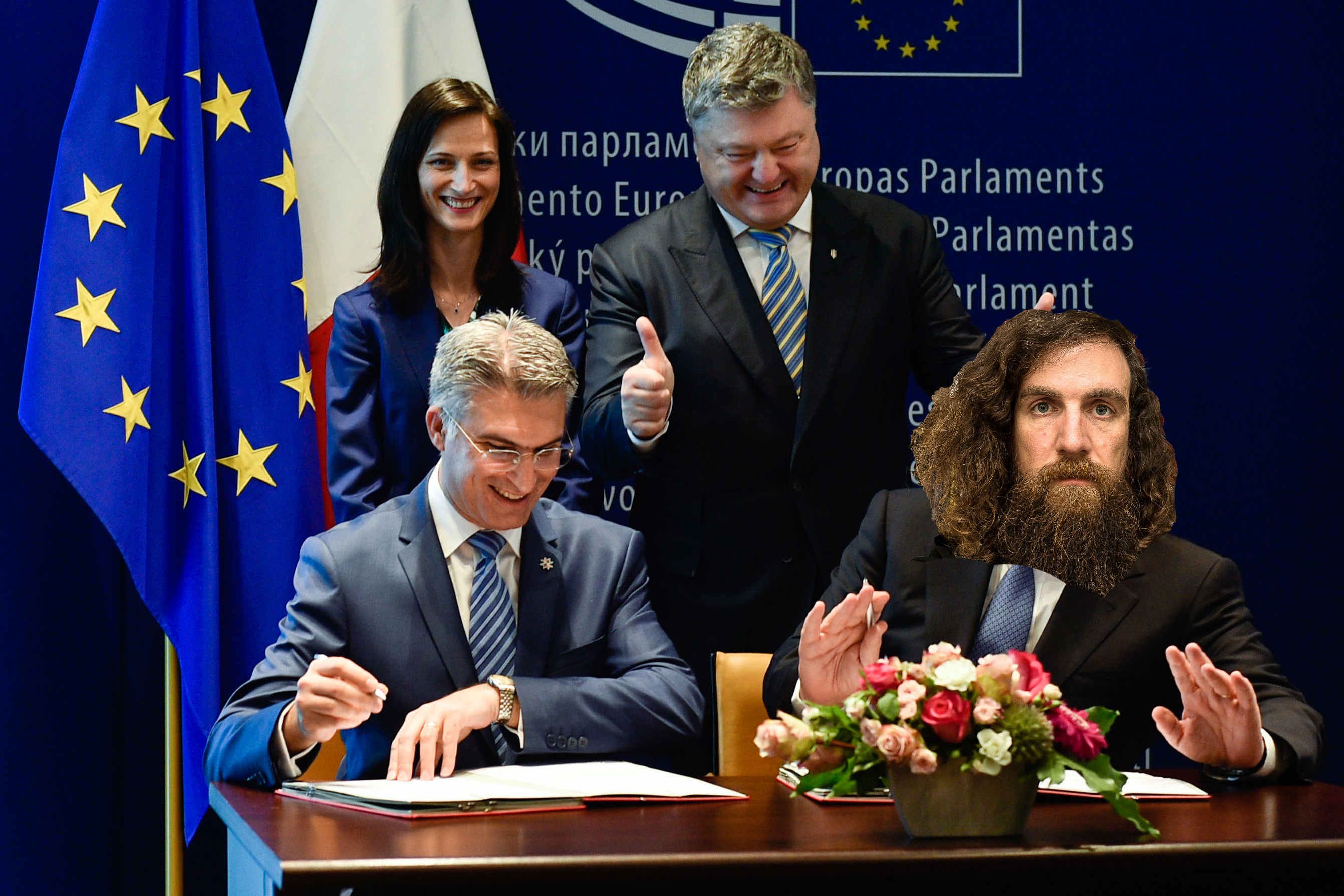 Solemn_ceremony_of_signing_the_document_on_visa_liberalisation_with_the_EU_for_Ukrainians_03 (1) copy 3×2
