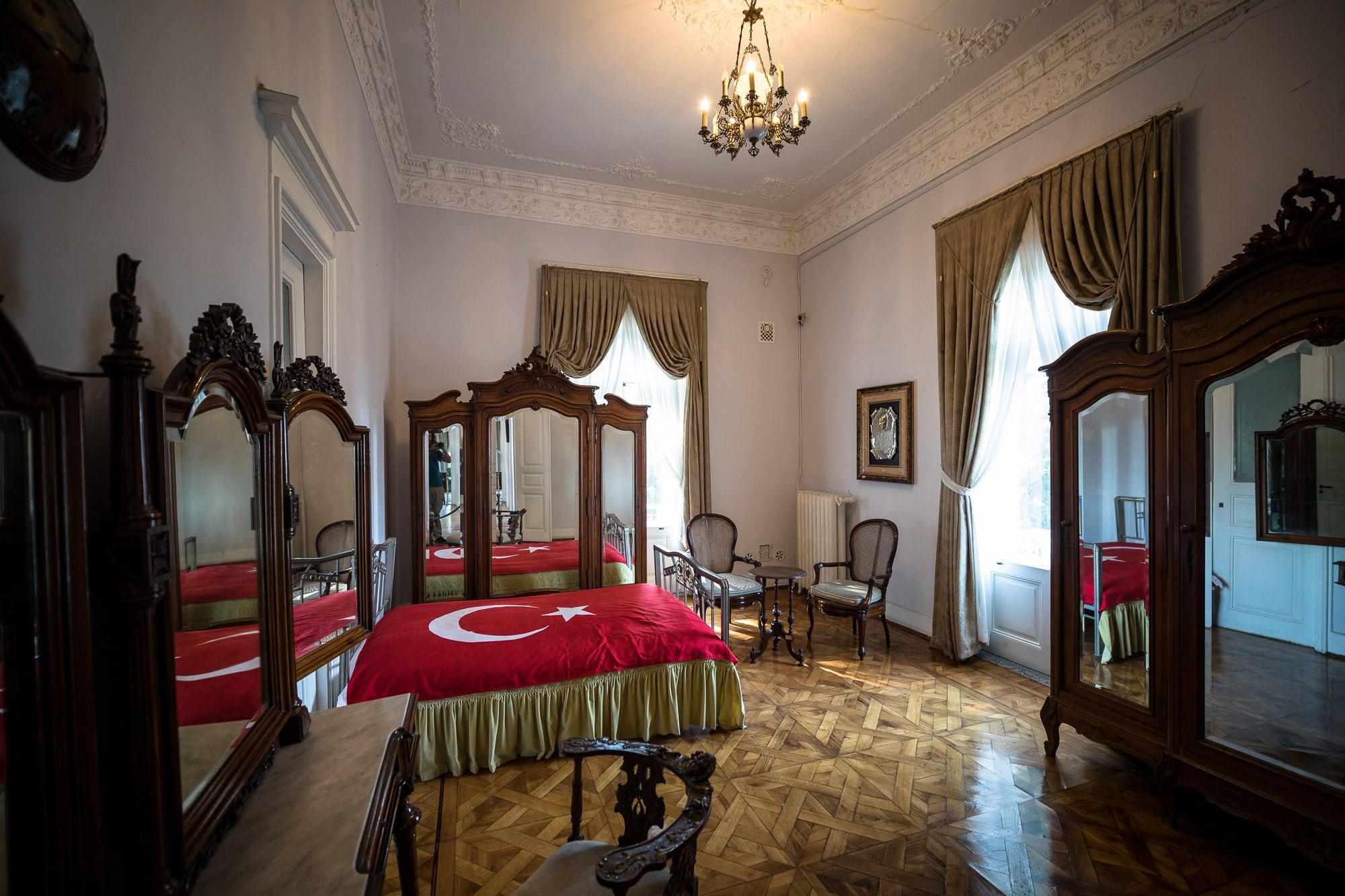 Atatürk's bed