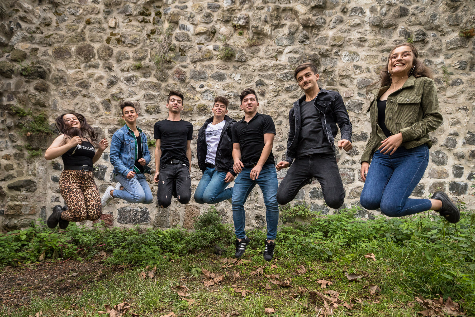 students jumping for a photo in Giresun Castle