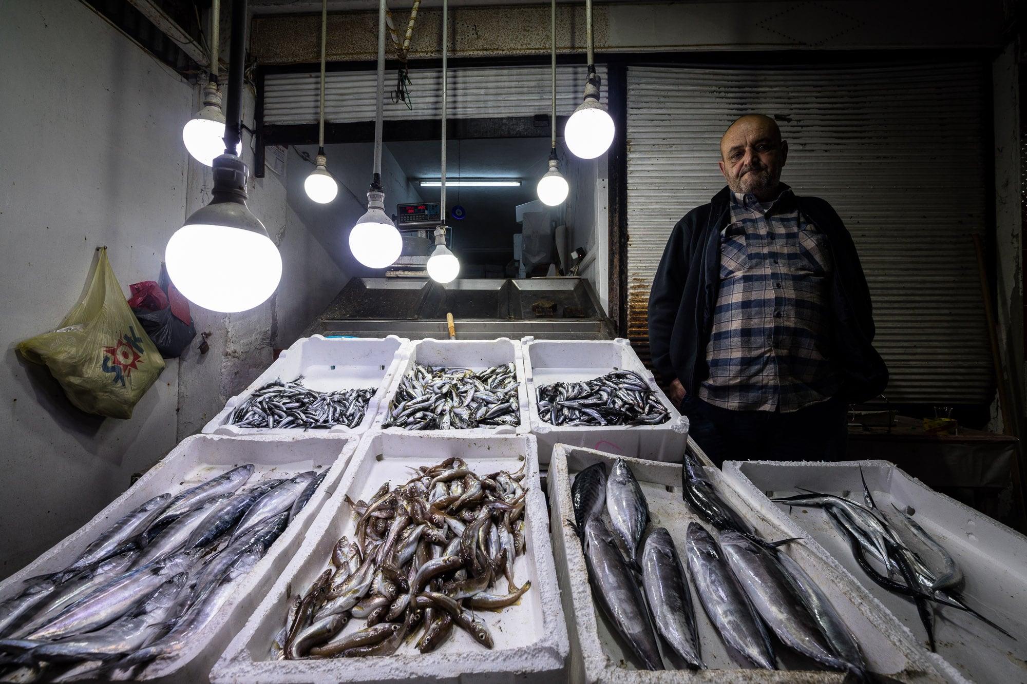 fish vendor in Persembe