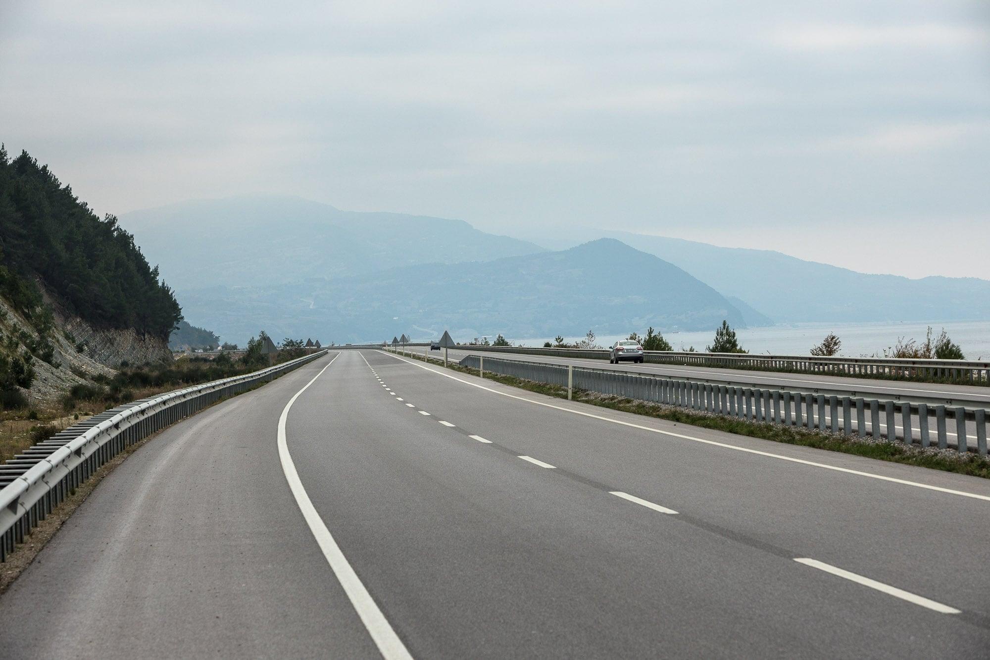 road to Yenikent